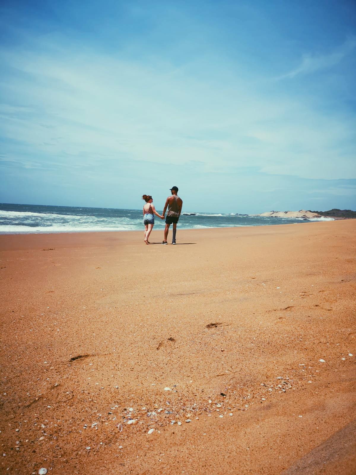 invite-to-paradise-sri-lanka-holiday-honeymoon-specialists-customer-feedback-elin-jordan-luce-yala-beach-stroll.JPG