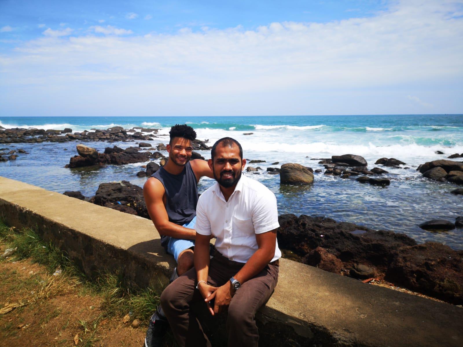 invite-to-paradise-sri-lanka-holiday-honeymoon-specialists-customer-feedback-elin-jordan-luce-chauffeur-guide-ruchira-galle-fort.JPG