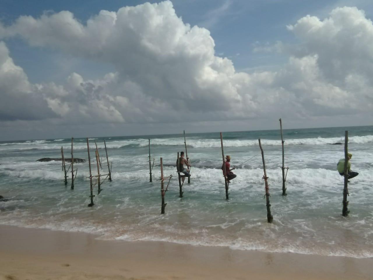 invite-to-paradise-sri-lanka-holiday-honeymoon-specialists-customer-feedback-elin-jordan-luce-stilt-fisherman-fishing-try-yourself-2.JPG