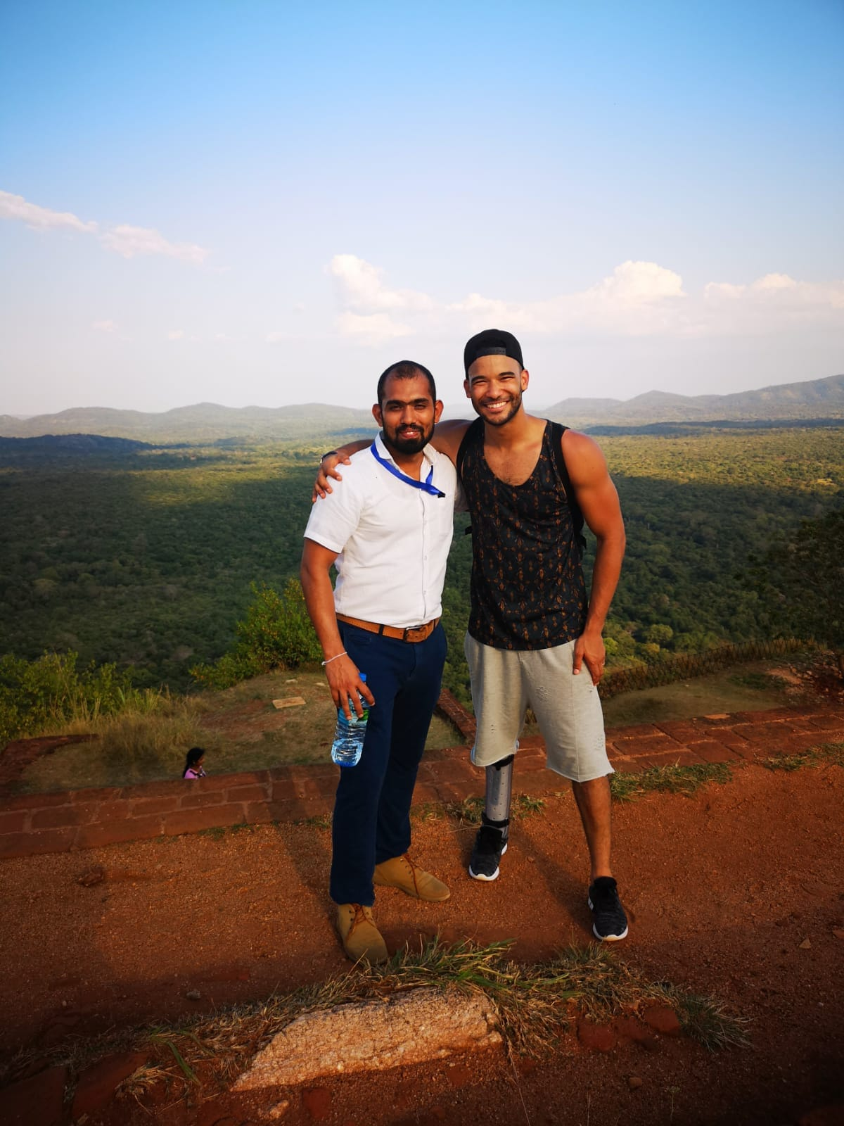 invite-to-paradise-sri-lanka-holiday-honeymoon-specialists-customer-feedback-elin-jordan-luce-chauffeur-guide-ruchira-1.JPG