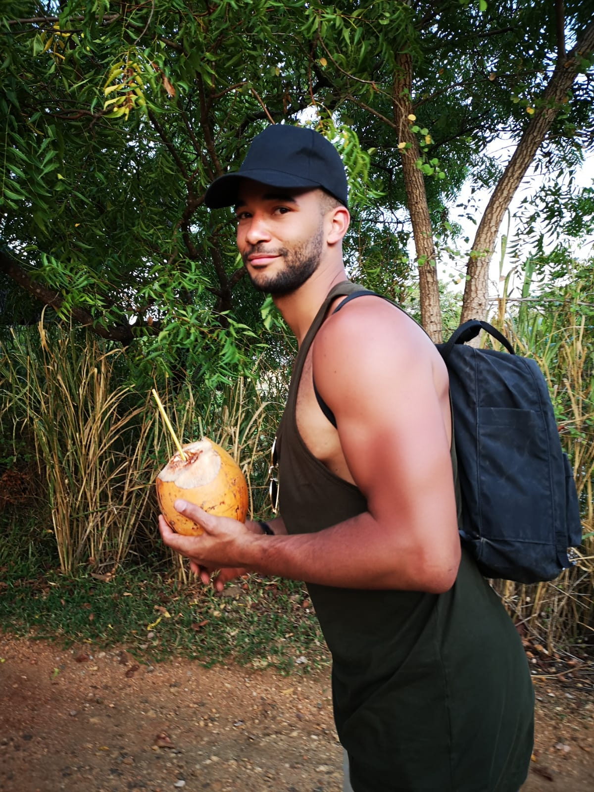 invite-to-paradise-sri-lanka-holiday-honeymoon-specialists-customer-feedback-elin-jordan-luce-trekking-king-coconut.JPG