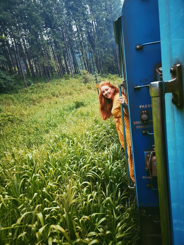 invite-to-paradise-sri-lanka-holiday-honeymoon-specialists-customer-feedback-elin-jordan-luce-train-ride.jpg
