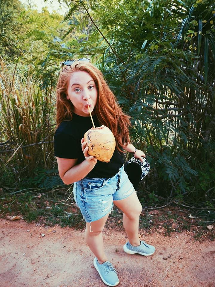 invite-to-paradise-sri-lanka-holiday-honeymoon-specialists-customer-feedback-elin-jordan-luce-king-coconut.jpg