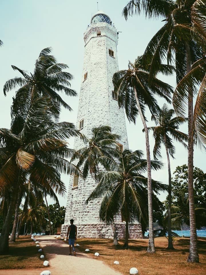 invite-to-paradise-sri-lanka-holiday-honeymoon-specialists-customer-feedback-elin-jordan-luce-galle-fort-lighthouse-stroll.jpg