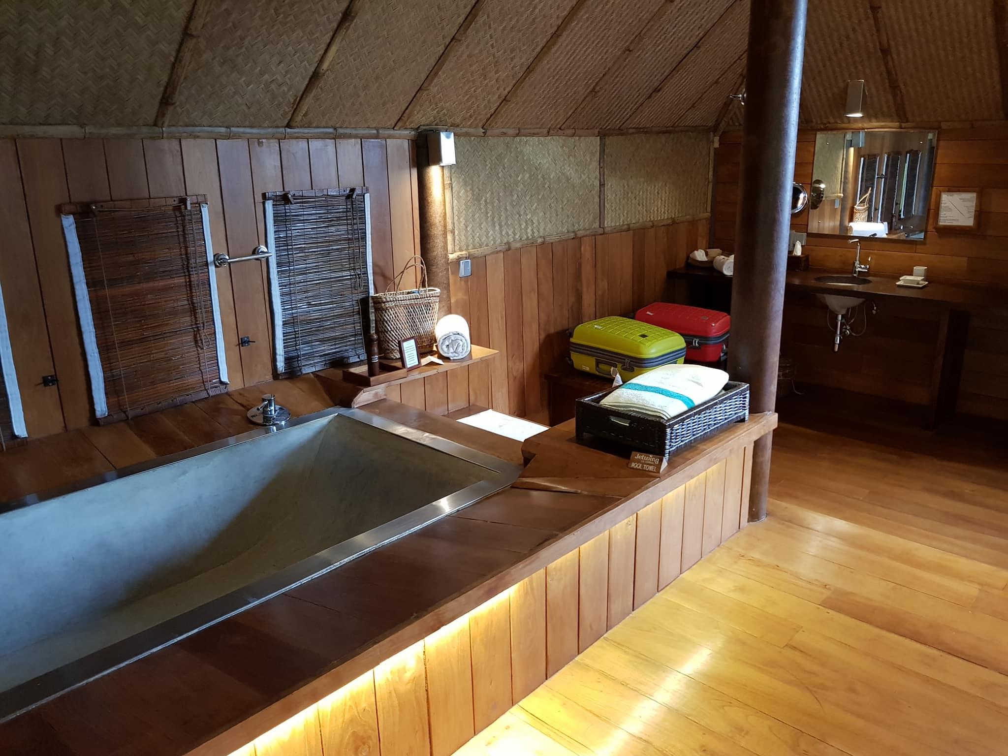 invite-to-paradise-sri-lanka-maldives-holiday-honeymoon-specialists-customer-guest-feedback-zane-lisa-butcher-jetwing-vil-uyana-hotel-sigiriya-cultural-triangle-bath.jpg