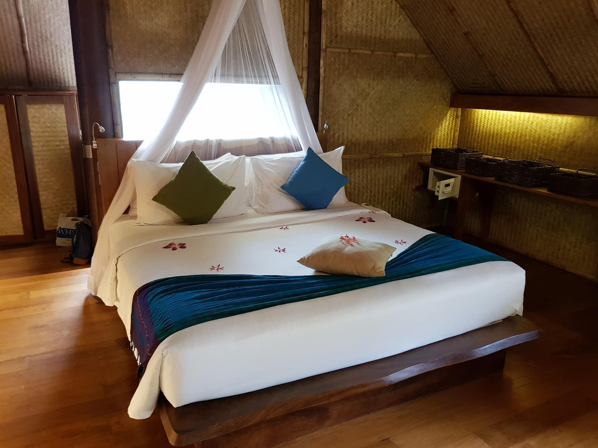 invite-to-paradise-sri-lanka-maldives-holiday-honeymoon-specialists-customer-guest-feedback-zane-lisa-butcher-jetwing-vil-uyana-hotel-sigiriya-cultural-triangle-room-bed.jpg
