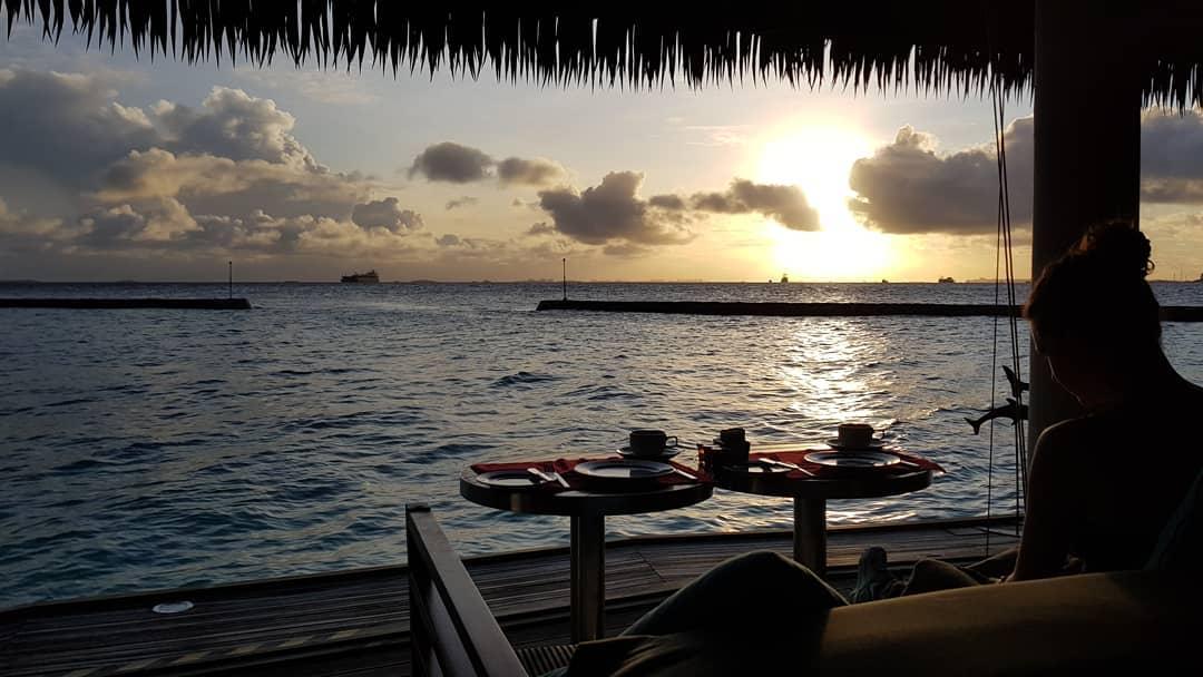 invite-to-paradise-sri-lanka-maldives-holiday-honeymoon-specialists-customer-guest-feedback-zane-lisa-butcher-centara-ras-fushi-breakfast.jpg