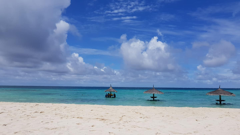 invite-to-paradise-sri-lanka-maldives-holiday-honeymoon-specialists-customer-guest-feedback-zane-lisa-butcher-centara-ras-fushi-beach-view.jpg