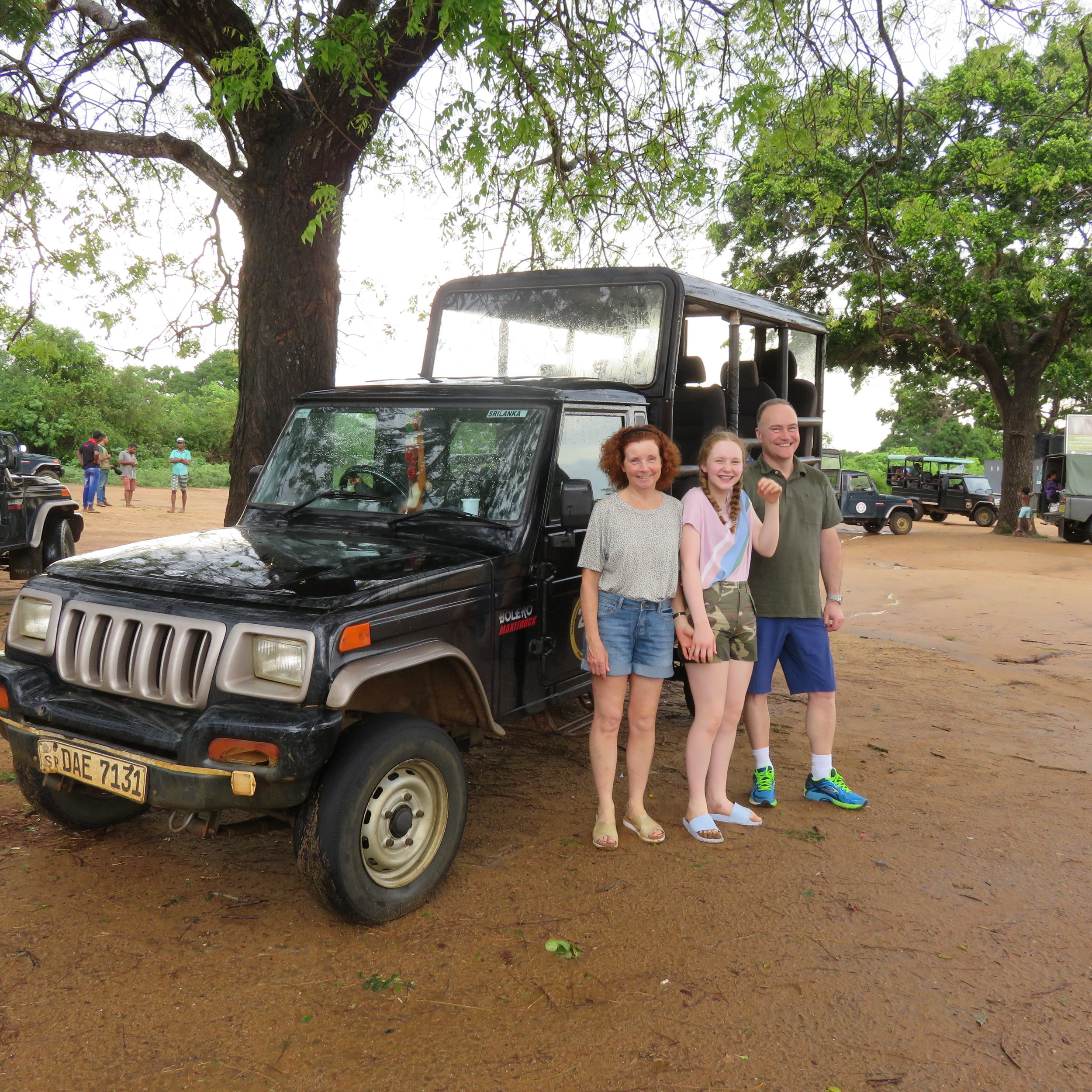 invite-to-paradise-sri-lanka-specialists-thomas-family-holiday-tour-yala-safari-jeep.JPG