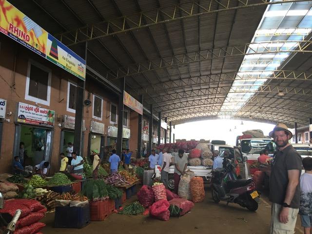 invite-to-paradise-sri-lanka-family-holiday-specialists-customer-feedback-pickering-dambulla-market.jpeg