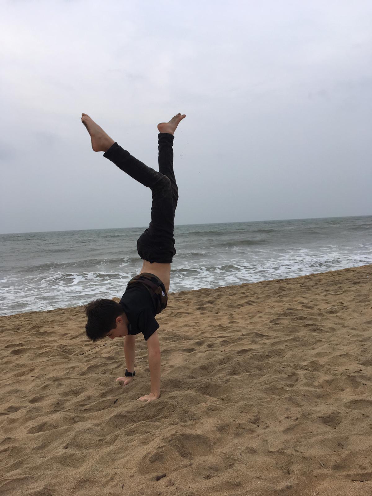 invite-to-paradise-sri-lanka-family-holiday-specialists-customer-feedback-pickering-handstand-2.jpg