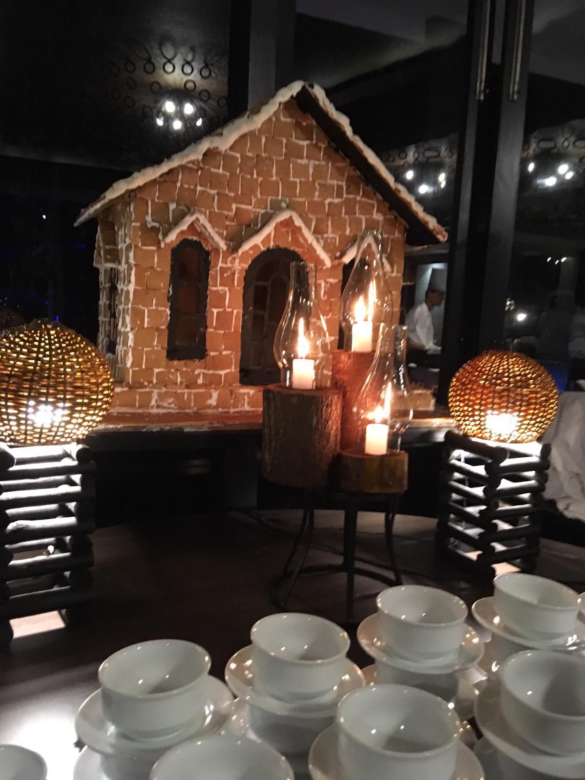 invite-to-paradise-sri-lanka-family-holiday-specialists-customer-feedback-pickering-gingerbread-house.jpg