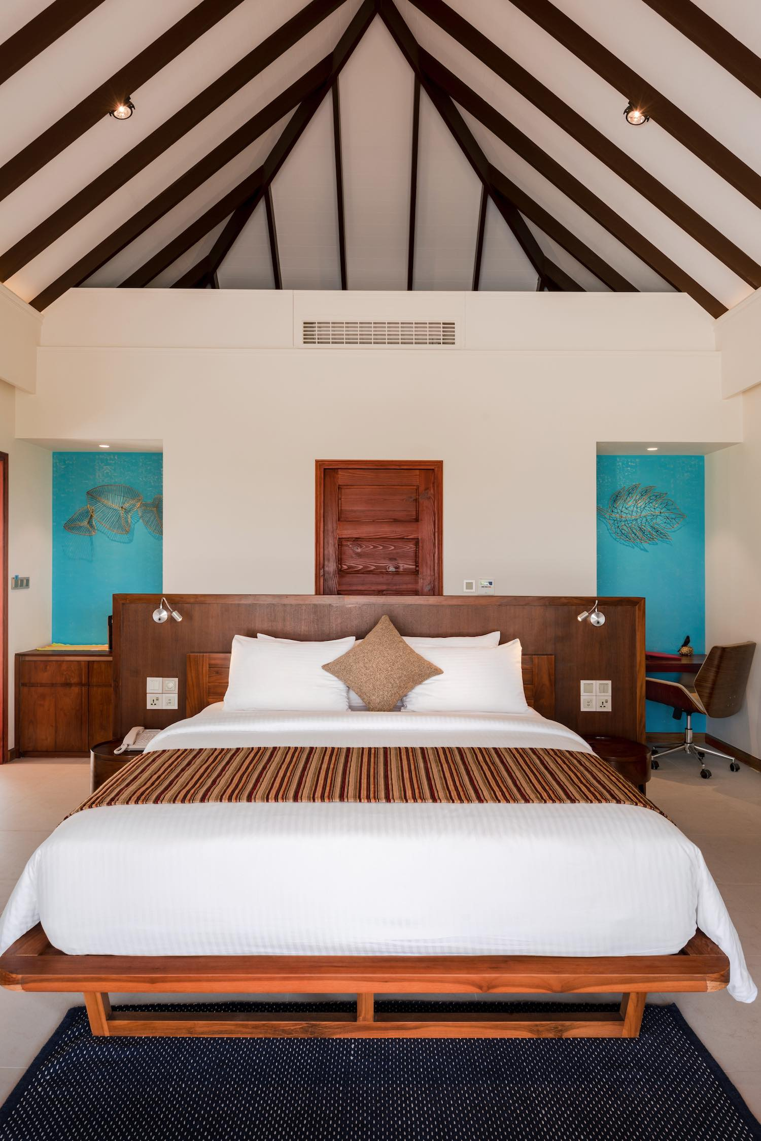 maldives-varu-by-atmosphere-beach-villa-with-pool-bedroom-portrait-holiday-honeymoon-vacation-invite-to-paradise.jpg
