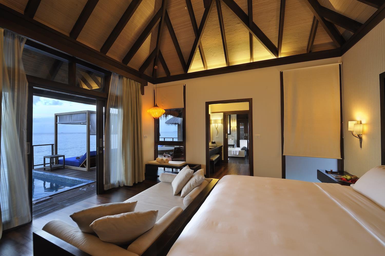 maldives-coco-bodu-hithi-escape-water-villa-5-holiday-honeymoon-vacation-invite-to-paradise.jpg