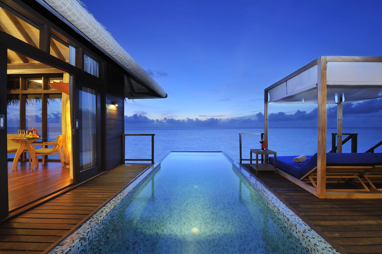 maldives-coco-bodu-hithi-escape-water-villa-4-holiday-honeymoon-vacation-invite-to-paradise.jpg
