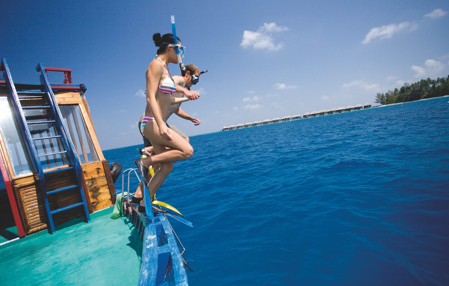 maldives-coco-bodu-hithi-activities-excursions-snorkelling-2-holiday-honeymoon-vacation-invite-to-paradise.jpg