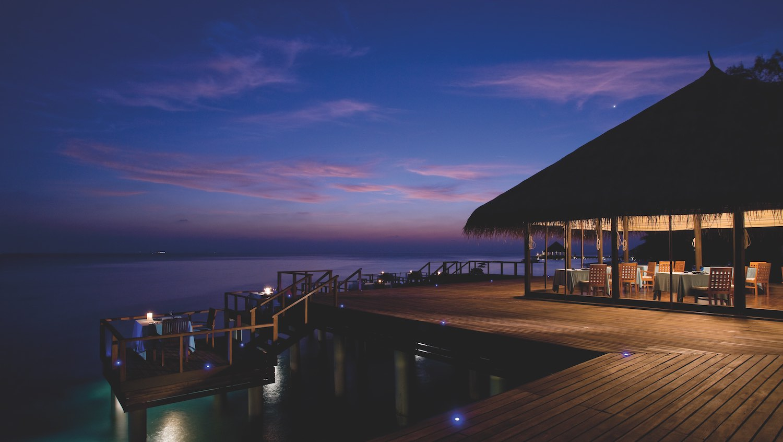 maldives-coco-bodu-hithi-aqua-restaurant-holiday-honeymoon-vacation-invite-to-paradise.jpg