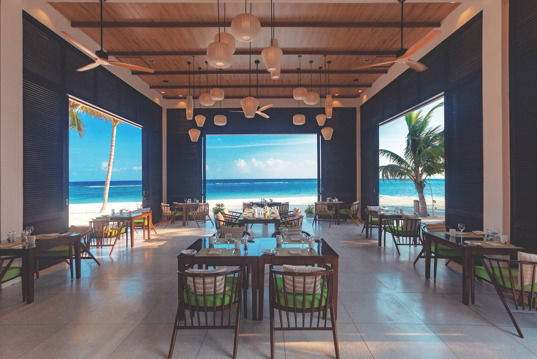 maldives-oblu-select-at-sangeli-the-courtyard-5-holiday-honeymoon-vacation-invite-to-paradise.jpg