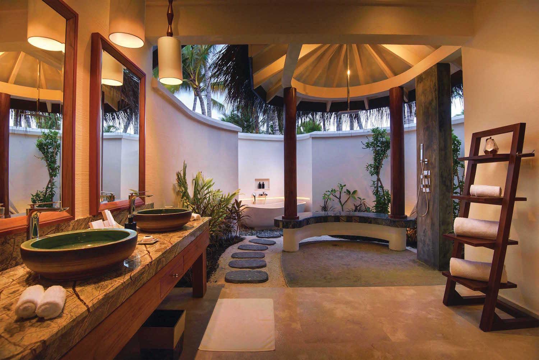 maldives-oblu-select-at-sangeli-deluxe-beach-villa-holiday-honeymoon-vacation-invite-to-paradise.jpg