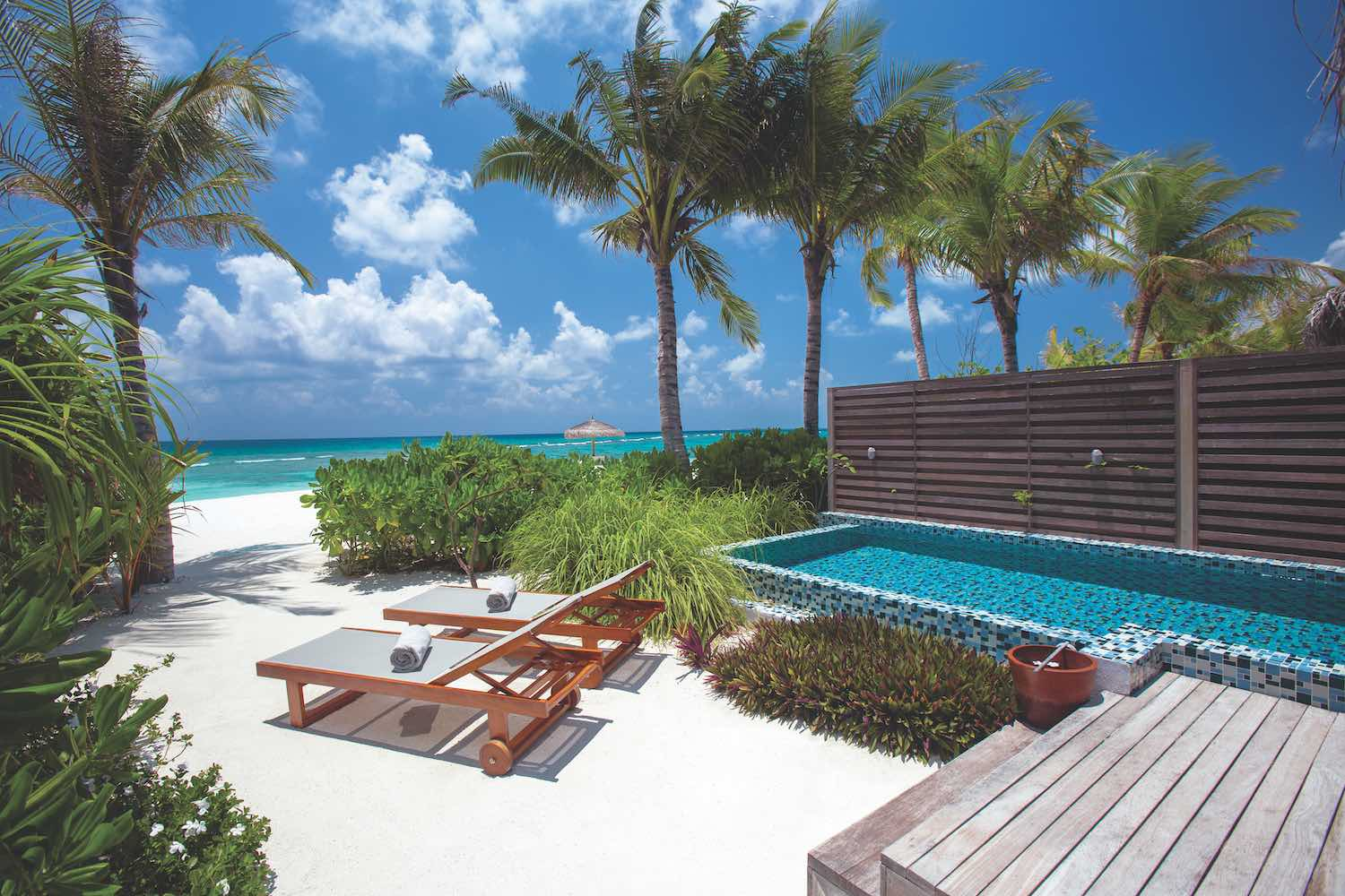maldives-oblu-select-at-sangeli-deluxe-beach-villa-with-pool-4-holiday-honeymoon-vacation-invite-to-paradise.jpg