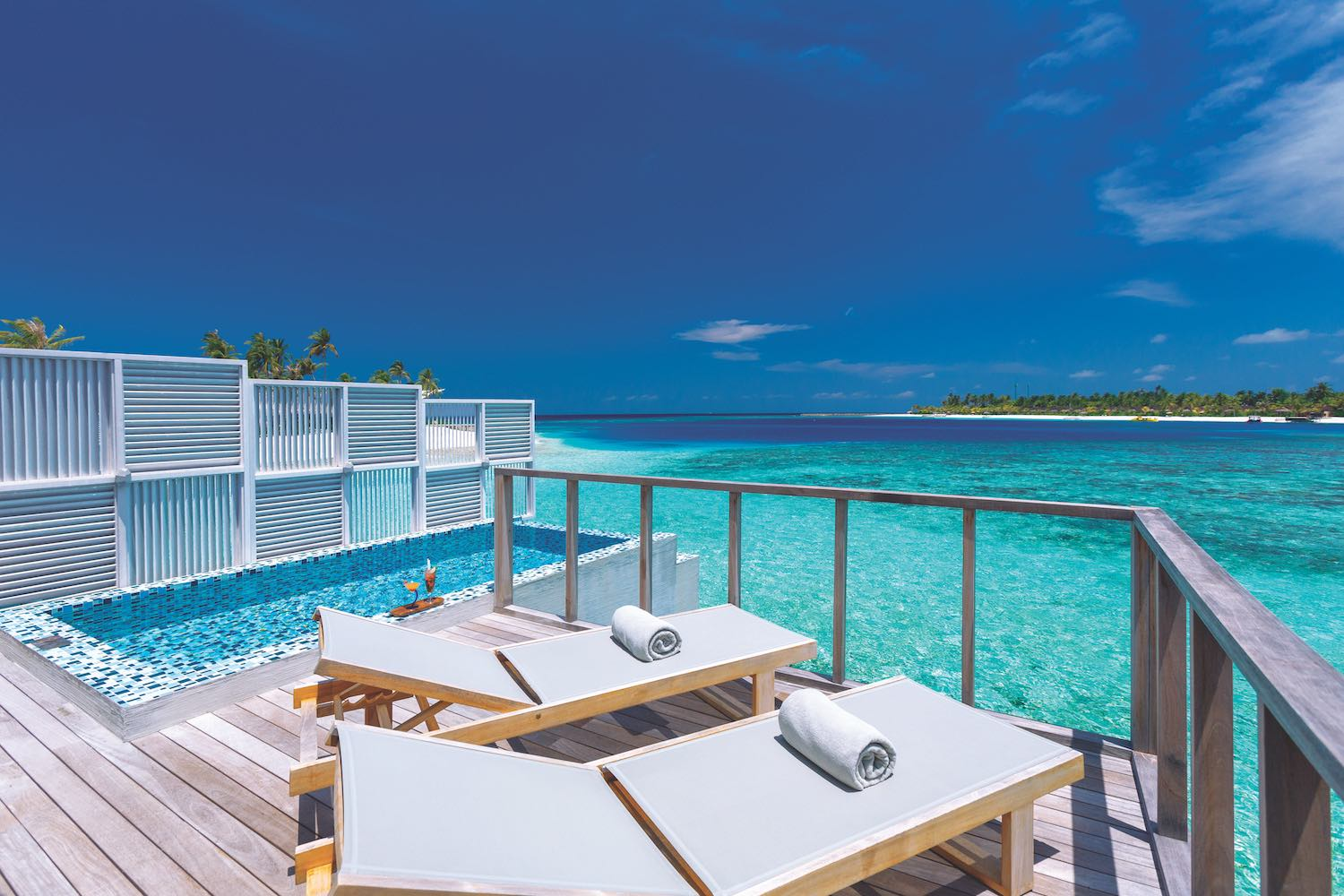 maldives-oblu-select-at-sangeli-deluxe-water-villa-with-pool-2-holiday-honeymoon-vacation-invite-to-paradise.jpg