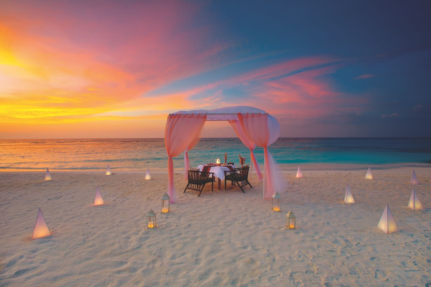maldives-oblu-select-at-sangeli-private-dining-holiday-honeymoon-vacation-invite-to-paradise.jpg