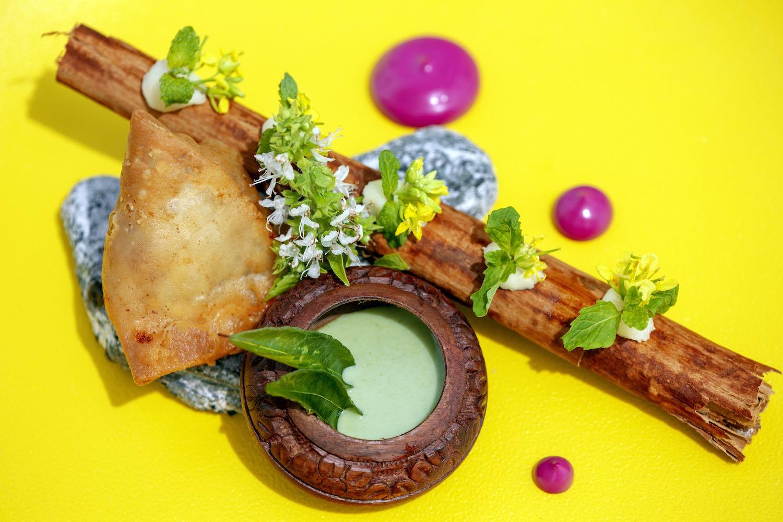 maldives-oblu-select-at-sangeli-speciality-dining-5-holiday-honeymoon-vacation-invite-to-paradise.jpg