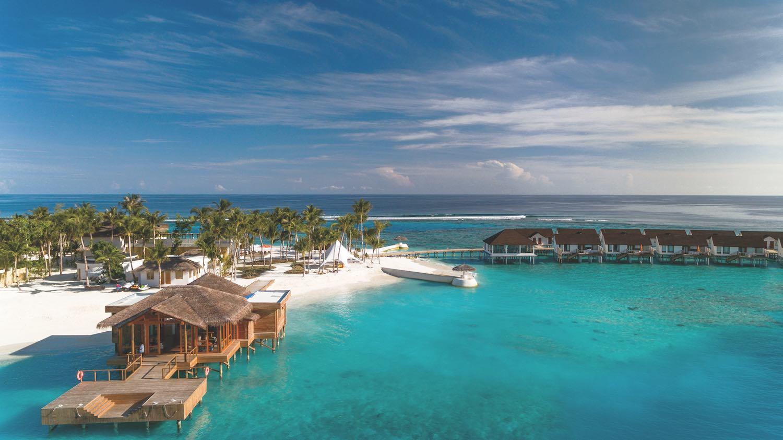 maldives-oblu-select-at-sangeli-arrival-jetty-2-holiday-honeymoon-vacation-invite-to-paradise.jpg