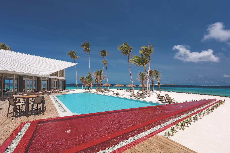 maldives-oblu-select-at-sangeli-pool-5-holiday-honeymoon-vacation-invite-to-paradise.jpg