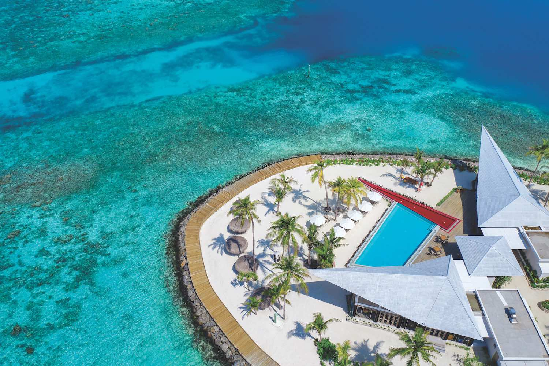 maldives-oblu-select-at-sangeli-pool-holiday-honeymoon-vacation-invite-to-paradise.jpg