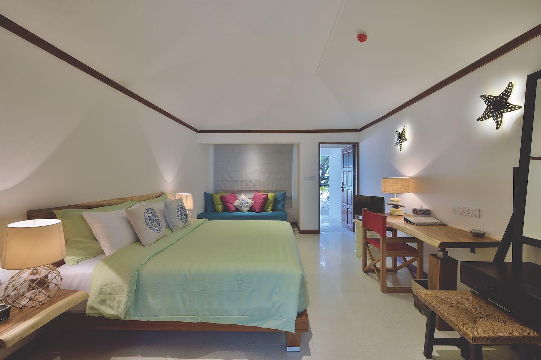 maldives-oblu-by-atmosphere-at-helengeli-beach-villa-holiday-honeymoon-vacation-invite-to-paradise.jpg