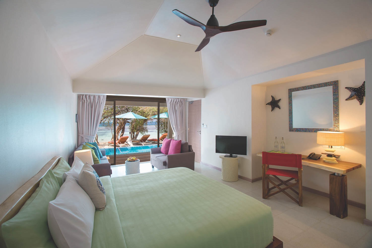 maldives-oblu-by-atmosphere-at-helengeli-2-bedroom-beach-pool-suite-master-holiday-honeymoon-vacation-invite-to-paradise (Reece Turvill's conflicted copy 2019-08-23).jpg