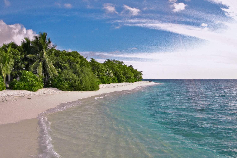 maldives-oblu-by-atmosphere-at-helengeli-beach-holiday-honeymoon-vacation-invite-to-paradise.jpg