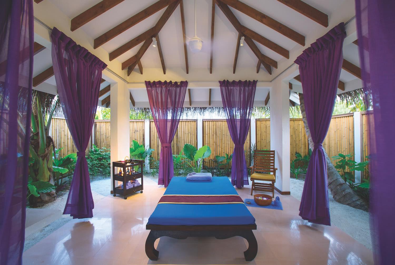 maldives-oblu-by-atmosphere-at-helengeli-elena-spa-3-holiday-honeymoon-vacation-invite-to-paradise.jpg