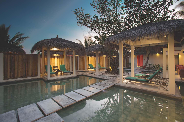maldives-oblu-by-atmosphere-at-helengeli-elena-spa-2-holiday-honeymoon-vacation-invite-to-paradise.jpg