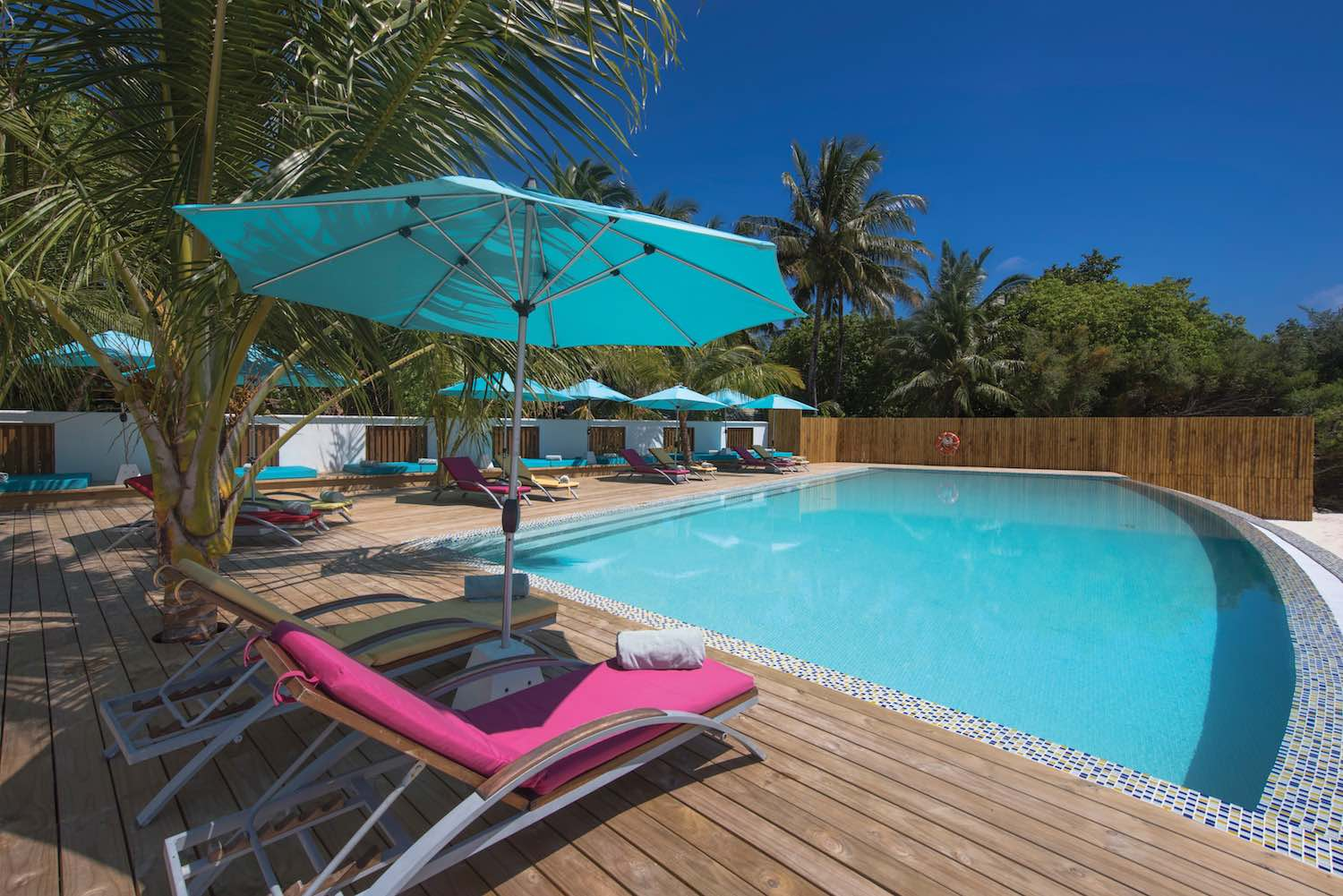 maldives-oblu-by-atmosphere-at-helengeli-adult-only-pool-3-holiday-honeymoon-vacation-invite-to-paradise.jpg