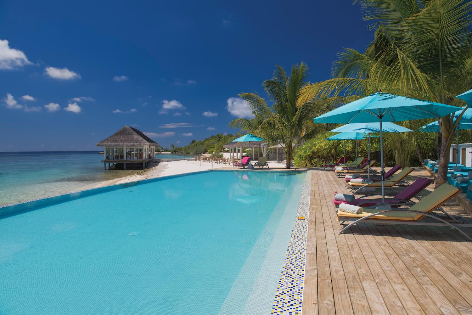 maldives-oblu-by-atmosphere-at-helengeli-adult-only-pool-4-holiday-honeymoon-vacation-invite-to-paradise.jpg