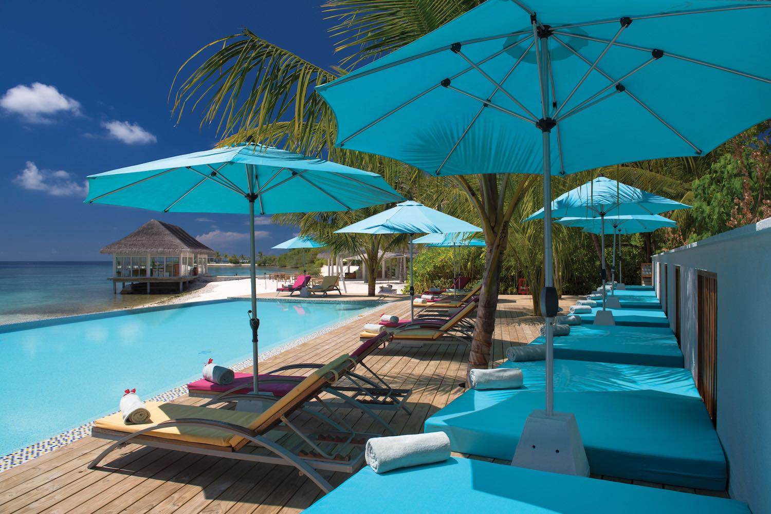 maldives-oblu-by-atmosphere-at-helengeli-adult-only-pool-holiday-honeymoon-vacation-invite-to-paradise.jpg