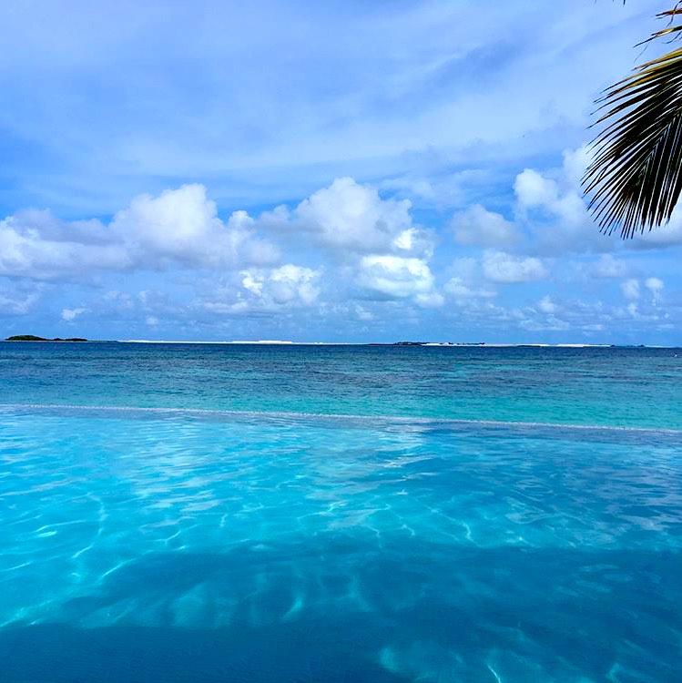 invite-to-paradise-sri-lanka-maldives-holiday-honeymoon-specialists-customer-feedback-edward-bethan-oblu-by-atmoshpere-at-helengeli-reduced.jpg