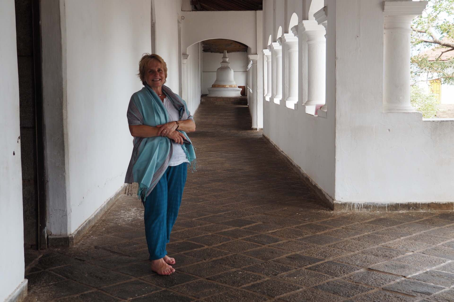 sri-lanka-dambulla-cave-temple-holiday-review-feedback-invite-to-paradise-quentin-kate-hulm.jpg