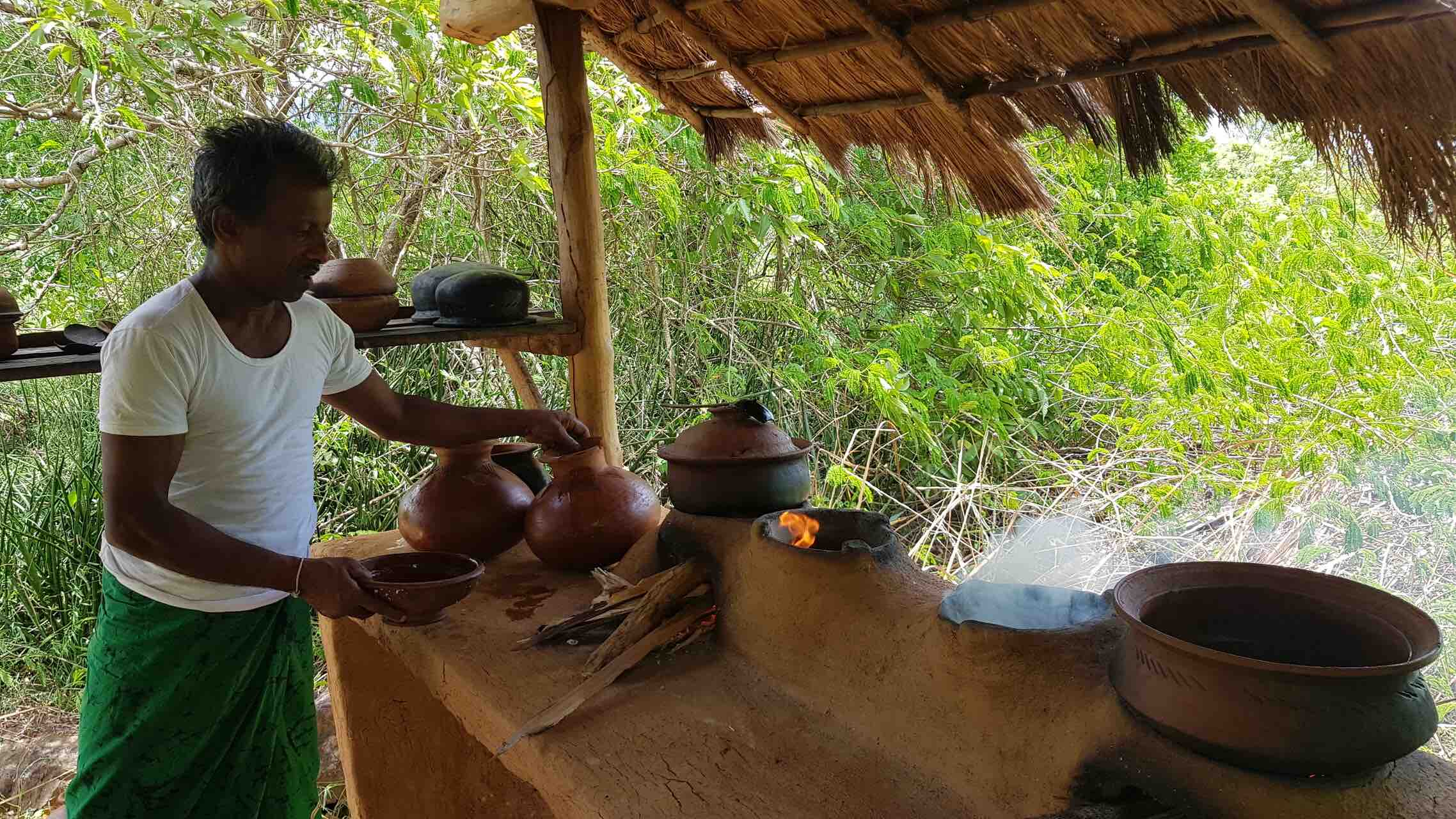 sri-lanka-cooking-traditional-kitchen-holiday-review-feedback-invite-to-paradise-quentin-kate-hulm.jpg