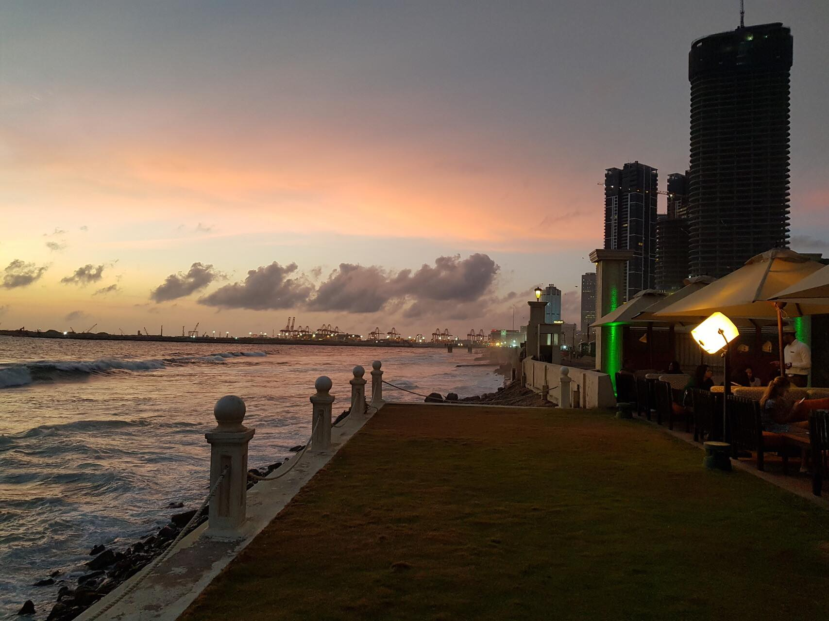 sri-lanka-galle-face-hotel-colombo-holiday-review-feedback-invite-to-paradise-quentin-kate-hulm.jpg