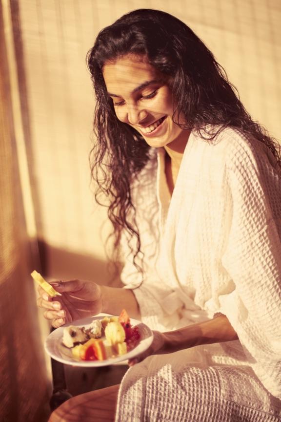 invite-to-paradise-sri-lanka-specialists-experts-travel-agent-tour-operator-jetwing-beach-hotel-negombo-fruit.jpg