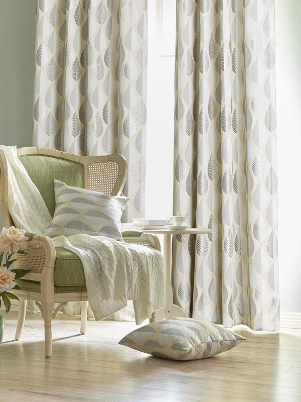 6.-Hampton-Natural-Ready-Made-Curtains-from-SLX.jpg