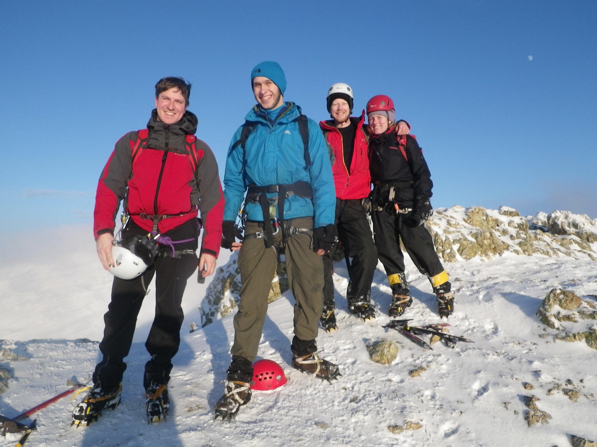 LW 13.01 Lake District winter mountaineering 12 rs.jpg