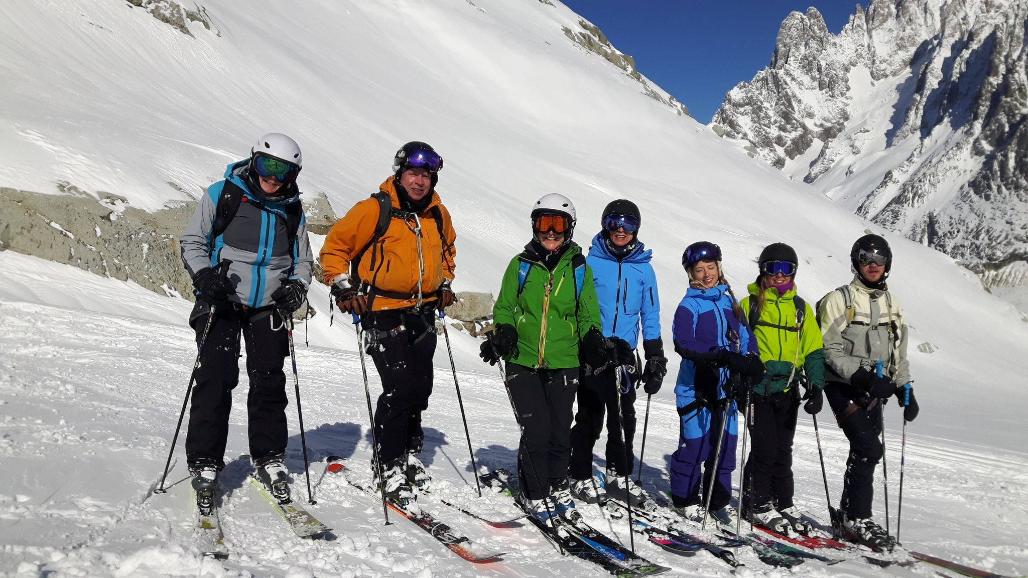 SK 18.02 07 skiing the Vallee Blanche rs.jpeg