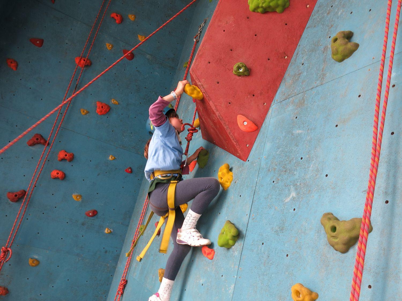 children rock climbing 04 1500px.jpeg