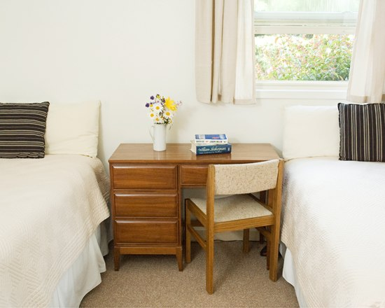 Twin ( 1 Double bed & 1 Single bed) $115