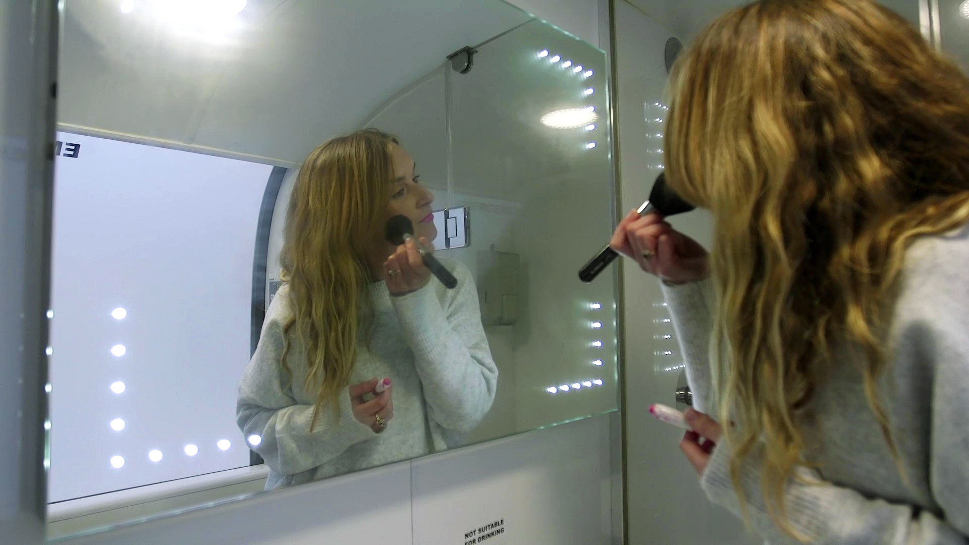 Bedroam-bathroom-mirror.jpg