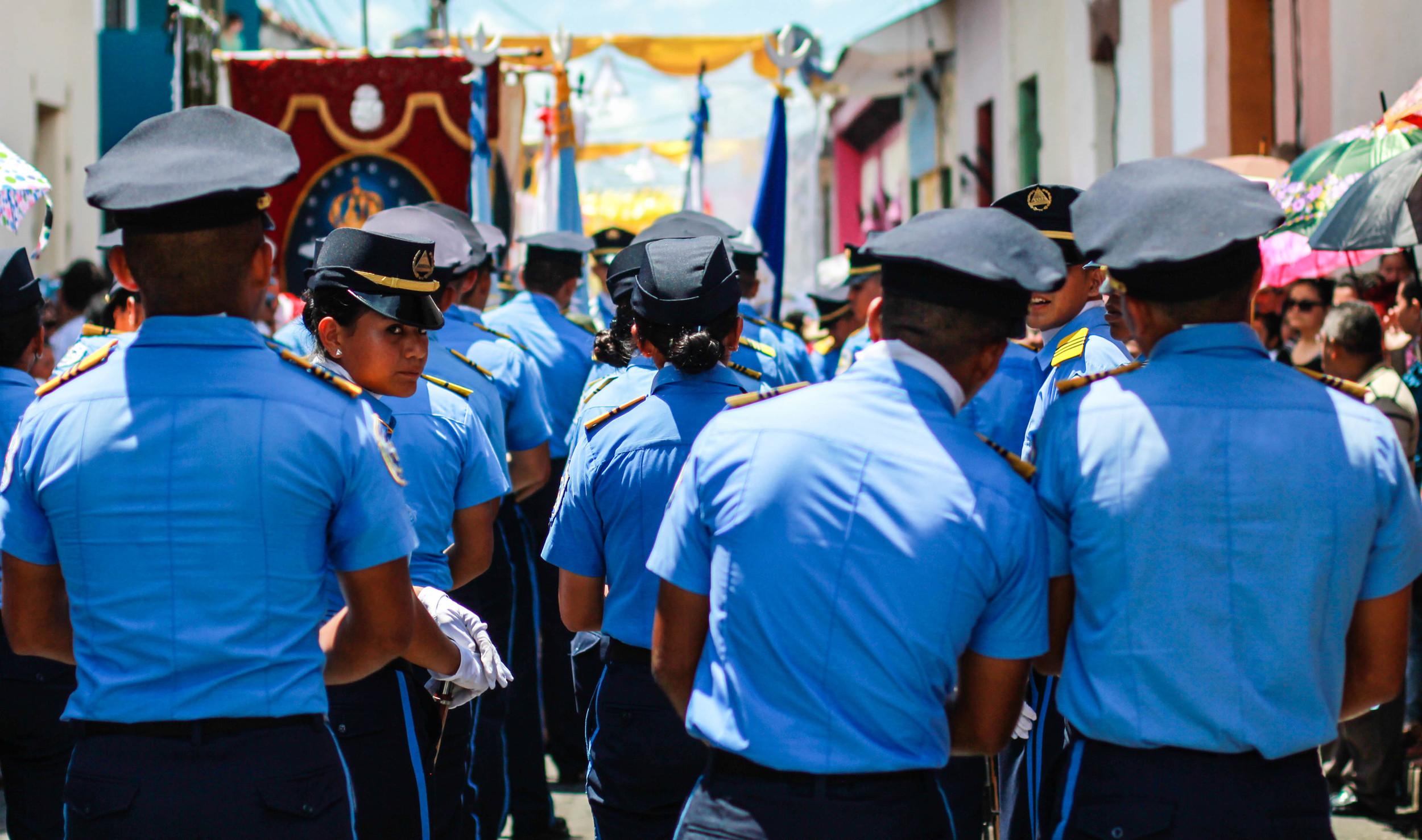 military-dia-virgen-merced-leon-nicaragua